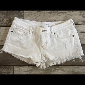 Bullhead denim white jean shorts size 5